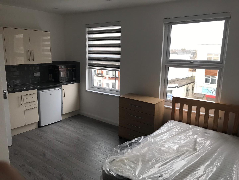 Studio Flat For Rent in Haringey Green Lanes,